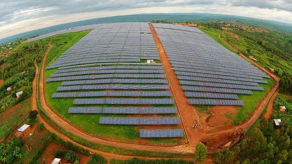 Rwandan-solar-panels-600-wi