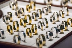 wedding-rings-1163321_1920-py