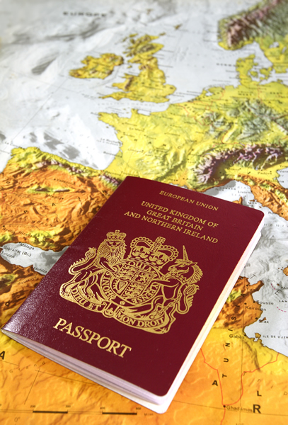 passport-and-map DT 600